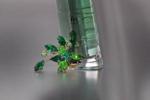 grüne brosche 1dunkler kk