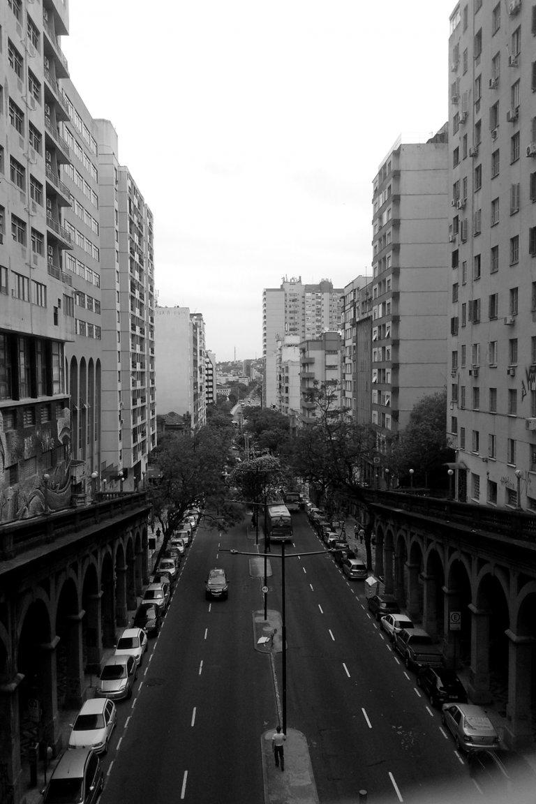 Straßenzug in Porto Alegre